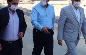 بازدید جمعی از مسئولان از مسکن مهر قشم