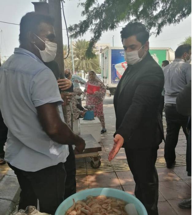 بازدید میدانی شهردار ,کارشناسان اصناف شهرداری و شبکه بهداشت از اصناف